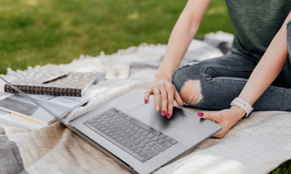 Nomadi digitali e Smart Working: il lavoro da remoto diventa uno stile di vita